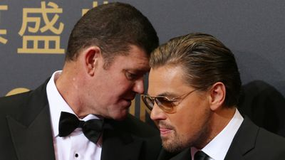 James Packer shares a word with Leonardo DiCaprio on the red carpet. (AAP)