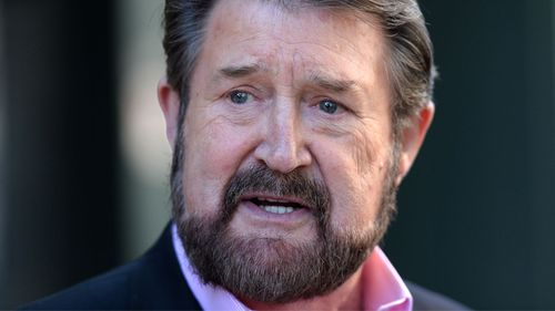 Derryn Hinch promises tough ride for PM if he gets Senate seat