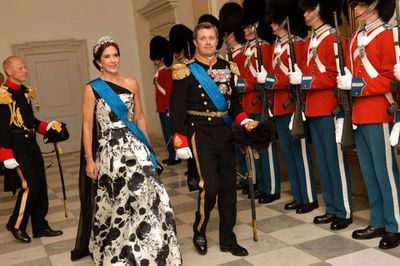Princess Mary attends state dinner, August