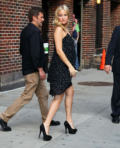 Actress Kate Hudson departs 'Late Show With David Letterman' at the Ed Sullivan Theater on April 27, 2011 in New York City.
