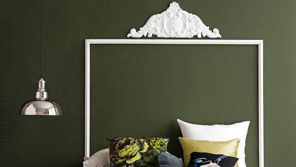 Plaster art bedhead