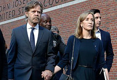 WIlliam H Macy and Felicity Huffman (AAP)