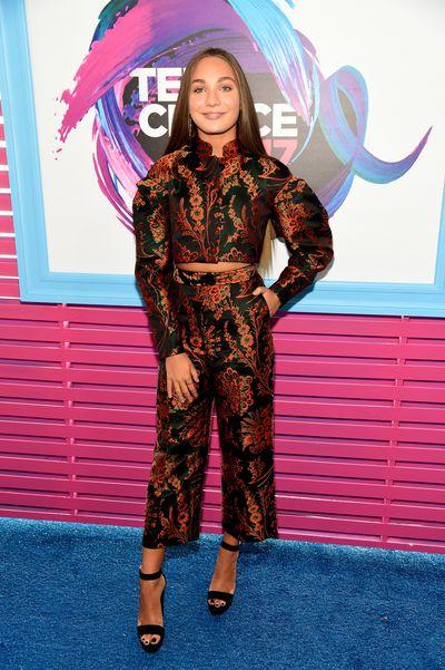 Maddie Ziegler in Zac Posen at the 2017 Teen Choice Awards, LA