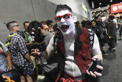 """Margot Robbie eat your heart out! """"Harvey Quinn"""" is causing a ruckus at International Comic-Con this year."""
