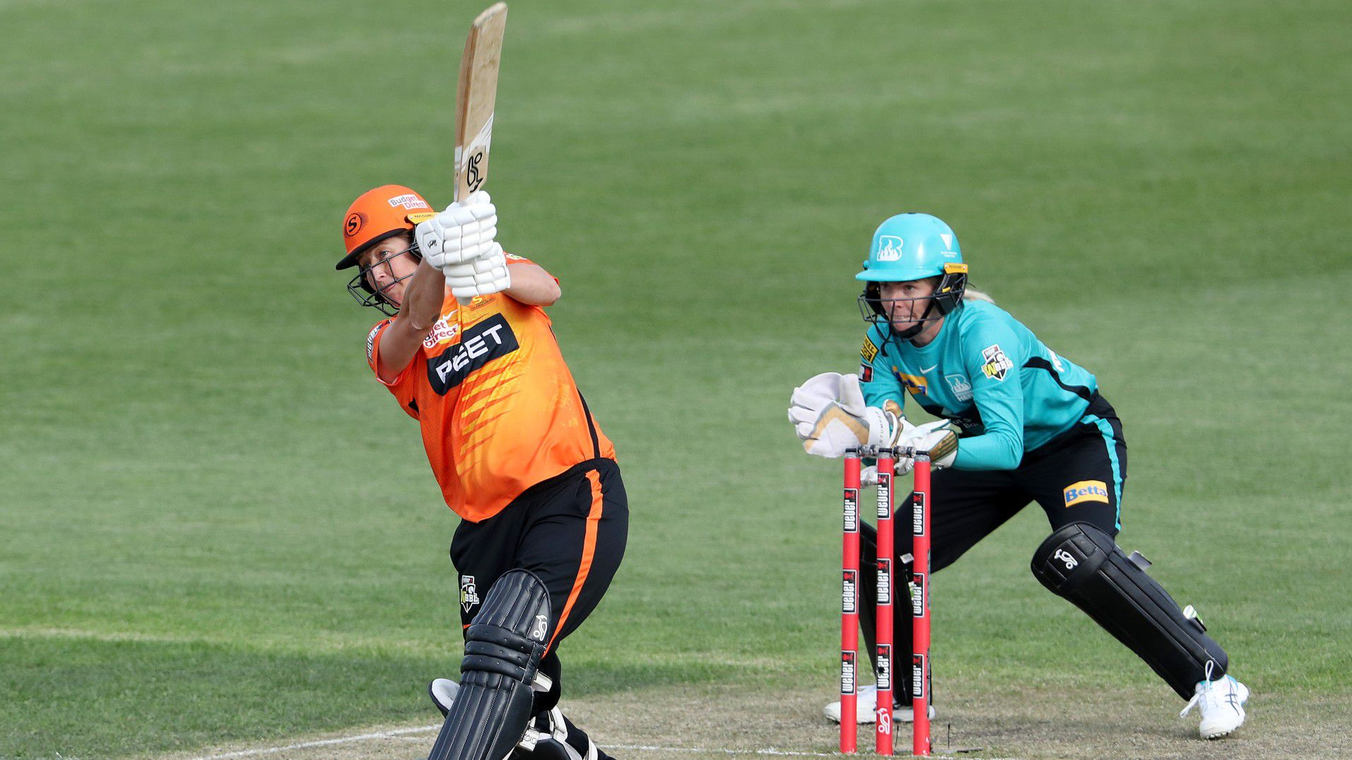 WBBL thriller ends in chaotic super over