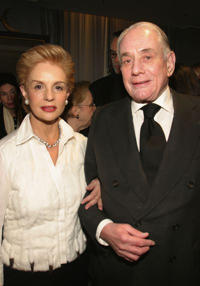 <p><strong>Kenneth Jay Lane 1932-2017</strong></p> <p>Costume jewelry&nbsp;designer&nbsp;</p> <p>His stylish baubles were sought after by women like Jacqueline Kennedy Onassis and Elizabeth Taylor and ran in the same close-knit circles as designers such as Carolina Herrera (pictured above).</p>