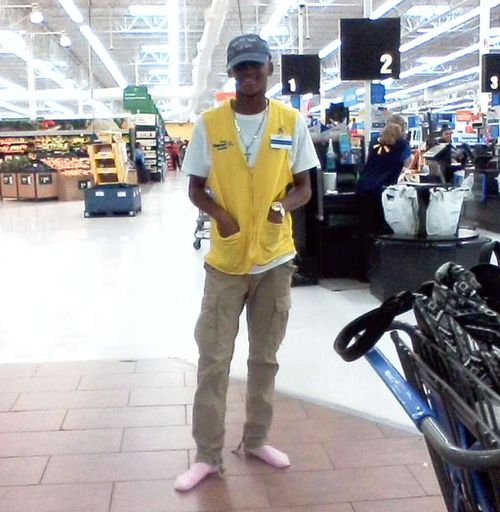 Walmart employee who once lived on the streets donates own shoes to homeless man