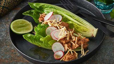 """<a href=""""http://kitchen.nine.com.au/2017/01/17/07/48/spicy-korean-style-salad-with-crunchy-noodles"""" target=""""_top"""">Spicy Korean style salad with crunchy noodles</a> recipe"""