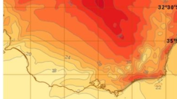 Scorching end to dry summer for Melbourne ahead of change