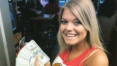 Waitress receives $10,000 tip and splits it with staff