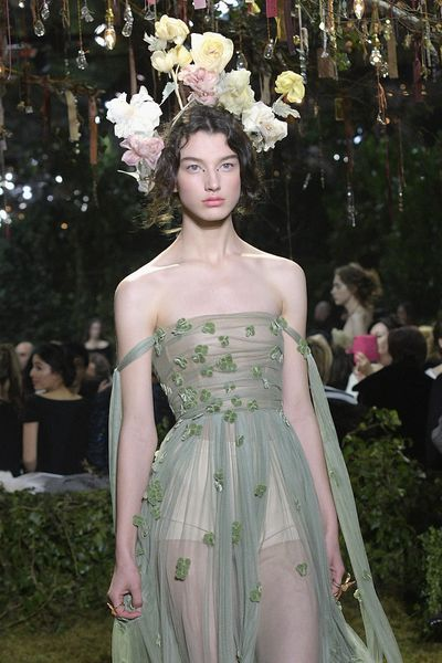 <p>Christian Dior Haute Couture Spring 2017.</p> <p>Flowers and floaty fabrics.</p>