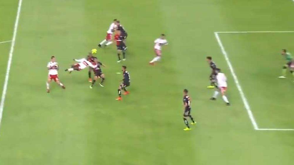 Colombian striker Aviles Hurtado scores stunning goal in Mexico's Liga LX