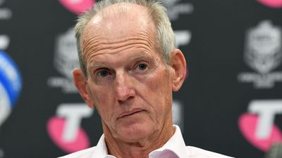 Brisbane Broncos coach Wayne Bennett reportedly goes cold on potential Tigers move