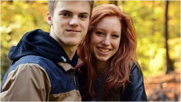 Theo Hayez's girlfriend has joined the search in Australia for the missing Belgian teen.