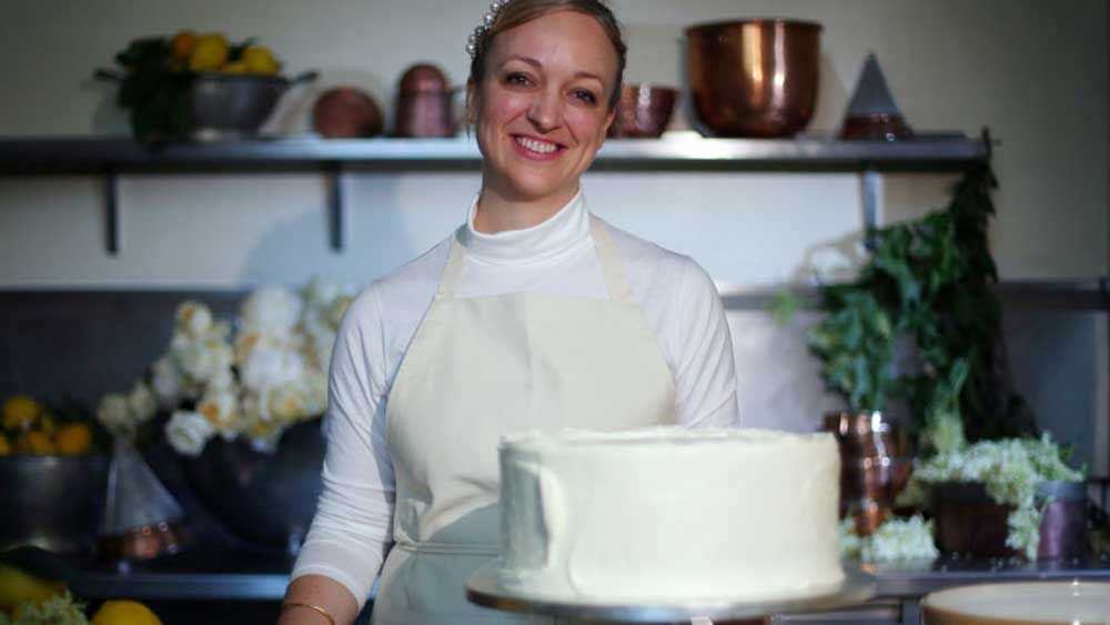 Claire Ptak makes royal wedding cake