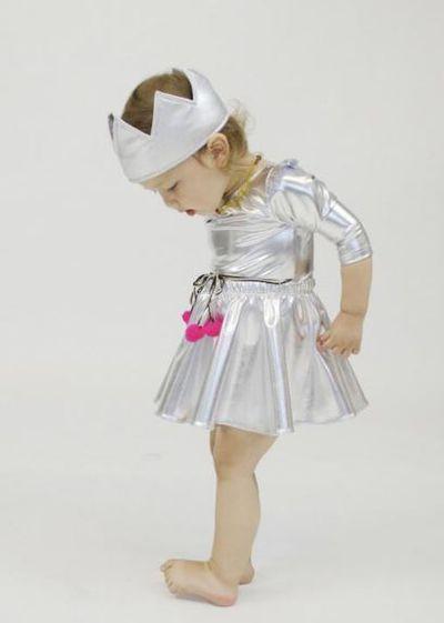 "<a href=""https://www.kidostore.com/products/stella-headband"" target=""_blank"">Atsuyo Et Akiko Stella Headband, $55.</a>"