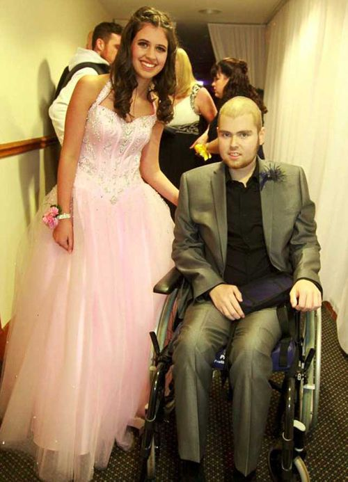 Jak Trueman passed away two days after fulfilling his last wish to take his girlfriend of two years, Hannah Boyd, to the school prom. (Supplied)