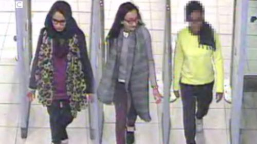 Coalition spy held in Turkey 'for helping UK teens join IS'