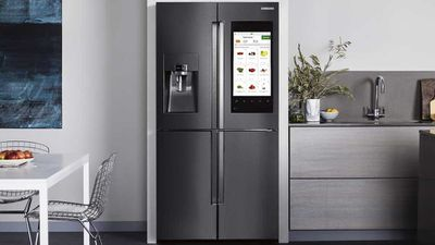 Sci-fi fridge orders your groceries for you
