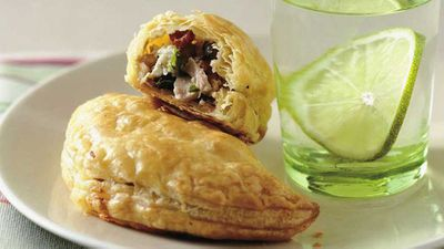 "Tuna and fetta turnovers - <a href=""http://kitchen.nine.com.au/2016/05/17/18/17/tuna-and-fetta-turnovers"" target=""_top"">view recipe</a>"