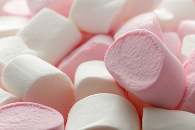 <strong>Q: Are marshmallows gluten free?</strong>