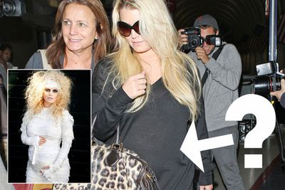 Jessica Simpson had a similarly scandalous bump in 2011, but for a different reason. While we watched her belly grow bigger and bigger, it became undeniably obvious that the singer was expecting… but she didn't admit to it until she was about six months along. The final confession came on Halloween when she dressed up as a 'mummy', but rumour has it the reason she was 'keeping mum' about her pregnancy was because she had tried (unsuccessfully) to negotiate a $500,000 magazine deal for the exclusive reveal.