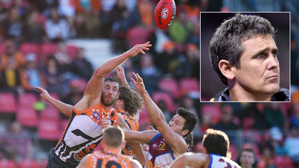 Shane Mumford rises above the pack and (inset) Giants coach Leon Cameron. (AAP)