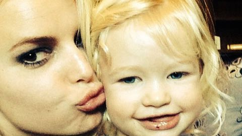 Jessica Simpson joins Instagram and posts too-cute-for-words family pics