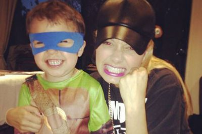 @djhavanabrown: #TrickOrTreating with Ninja Turtle Leonardo!! My little nephew and his mean face. Love him..<br/>