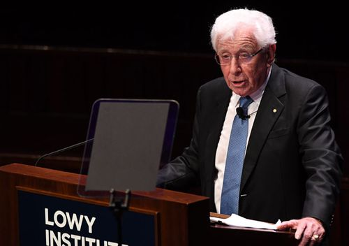 'Boat person' Frank Lowy calls for more migrants