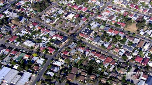 53,000 homes in South Australia will benefit from the price cut.