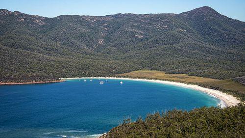 (Tasmania & Rob Burnett)