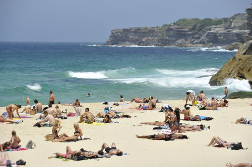 Sydney is in for a glorious weekend of blue skies and sunshine this weekend. (AAP)