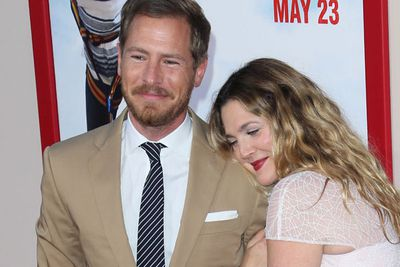 It was ten years before Barrymore got married again, who came in the form of art consultant Will Kopelman. They got married in June 2012, welcoming their daughter Oliver in September 2012 and a second daughter Frankie in 2014. Awww, happy ever ending.