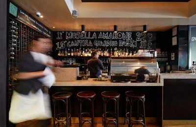 Hall of Fame: Fratelli Paradiso by Mike Murphy, Mike Hanna and Don Cameron, Potts Point NSW