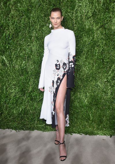 Karlie Kloss in Prabal Gurung.