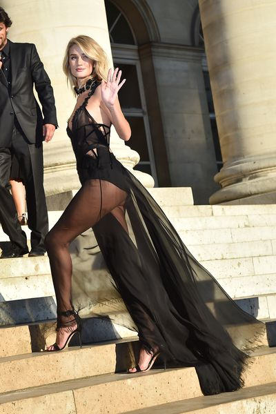 <p>Haute Couture Fashion Week kicks off in Paris with the fash pack attending the Versace Atelier show. In true Versace form, the show was a grand spectacle with a runway made up of 26,000 orchids and line-up of the world's top supers. The front row was equally impressive with 'wow' moments aplenty. Click through to check out what everyone wore. &nbsp;</p>