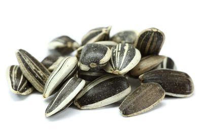 Sunflower seeds: About 25 micrograms per ¼ cup (60g)