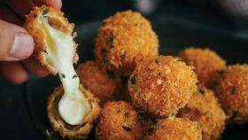 Spicy cheese bombs with chilli mayo
