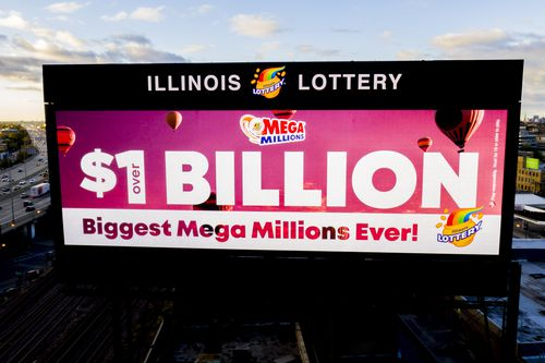 The US Mega Millions lottery has reached a jackpot of US$1.6 billion (AUS$2.25 billion) as ticket sales have skyrocketed.