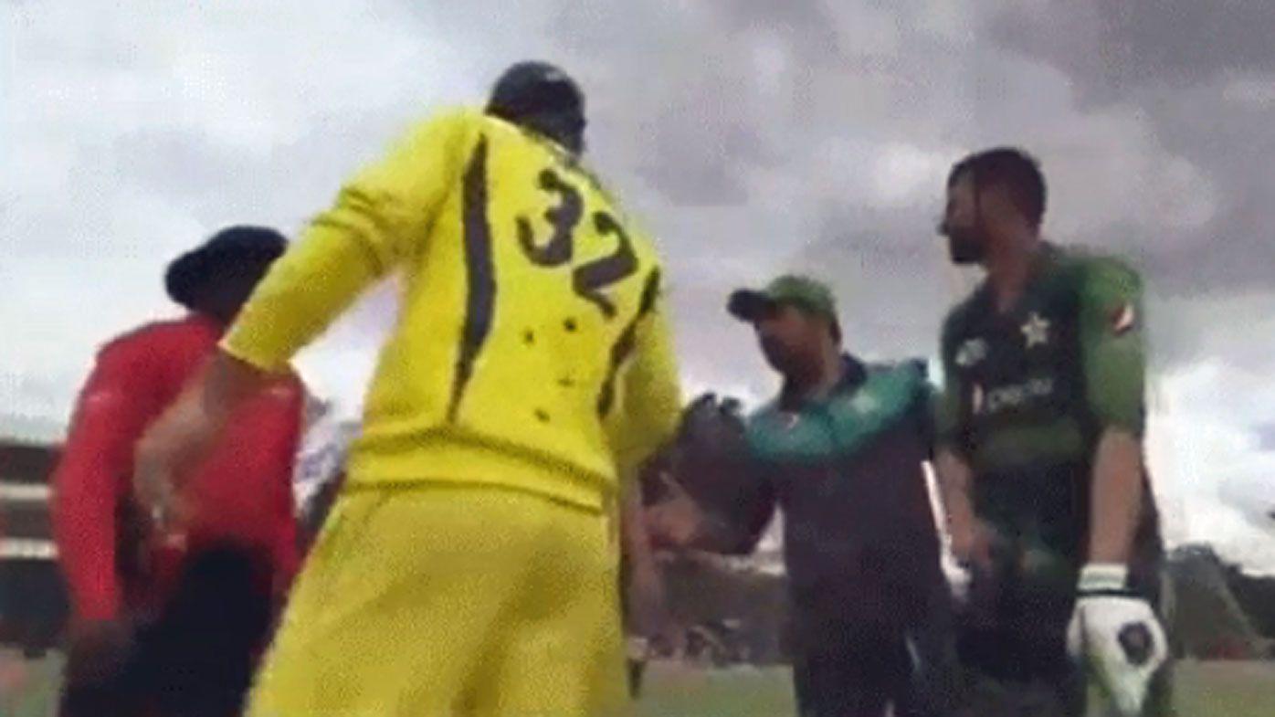Australian allrounder Glenn Maxwell slammed for handshake snub with Pakistan's Safraz Ahmed after T20 final