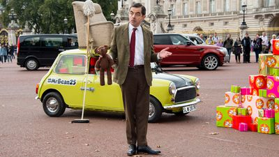 <p>Rowan Atkinson's iconic creation Mr Bean has made a special appearance at Buckingham Palace to celebrate the 25th anniversary of the character's television debut.</p><p>With his loyal teddy in tow, Mr Bean rolled into the event in on top of his famous Mini Cooper, ready to pose for the press. (AAP)</p><p><strong>Click through to see more pictures from the event.</strong></p>