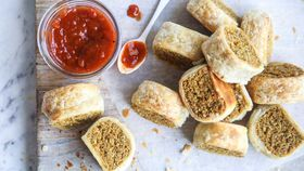 Vegan party sausage rolls
