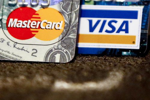 'Worthless' credit card insurance has reportedly been sold to more than 100,000 people in Australia. (AAP)