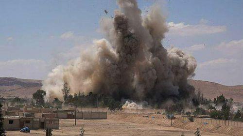 Islamic State jihadists lay mines in Palmyra ruins