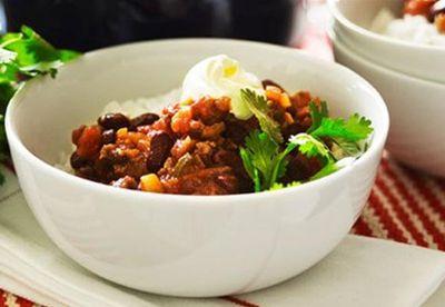 """Recipe:<a href=""""/recipes/imince/8349596/chilli-con-carne"""" target=""""_blank"""" draggable=""""false"""">Chilli con carne</a>"""