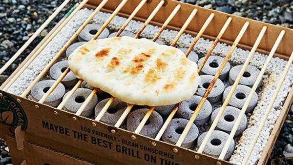 CasusGrill - Cardboard grill is biodegradable. Image: The Fowndry