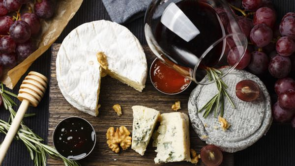 Your ultimate Valentine's Day cheese and wine pairing guide