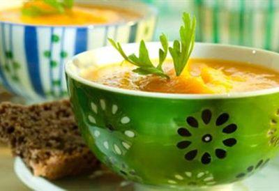 "Recipe:<a href=""/recipes/ipumpkin/8349620/butternut-pumpkin-soup-with-caramelised-maple-pear"">Butternut pumpkin soup with caramelised maple pear</a>"