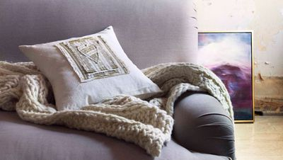 8. Sweater décor